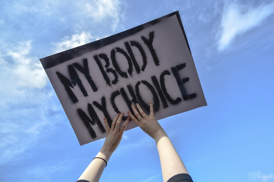 Judge throws out suit filed by unaccompanied minor seeking abortion