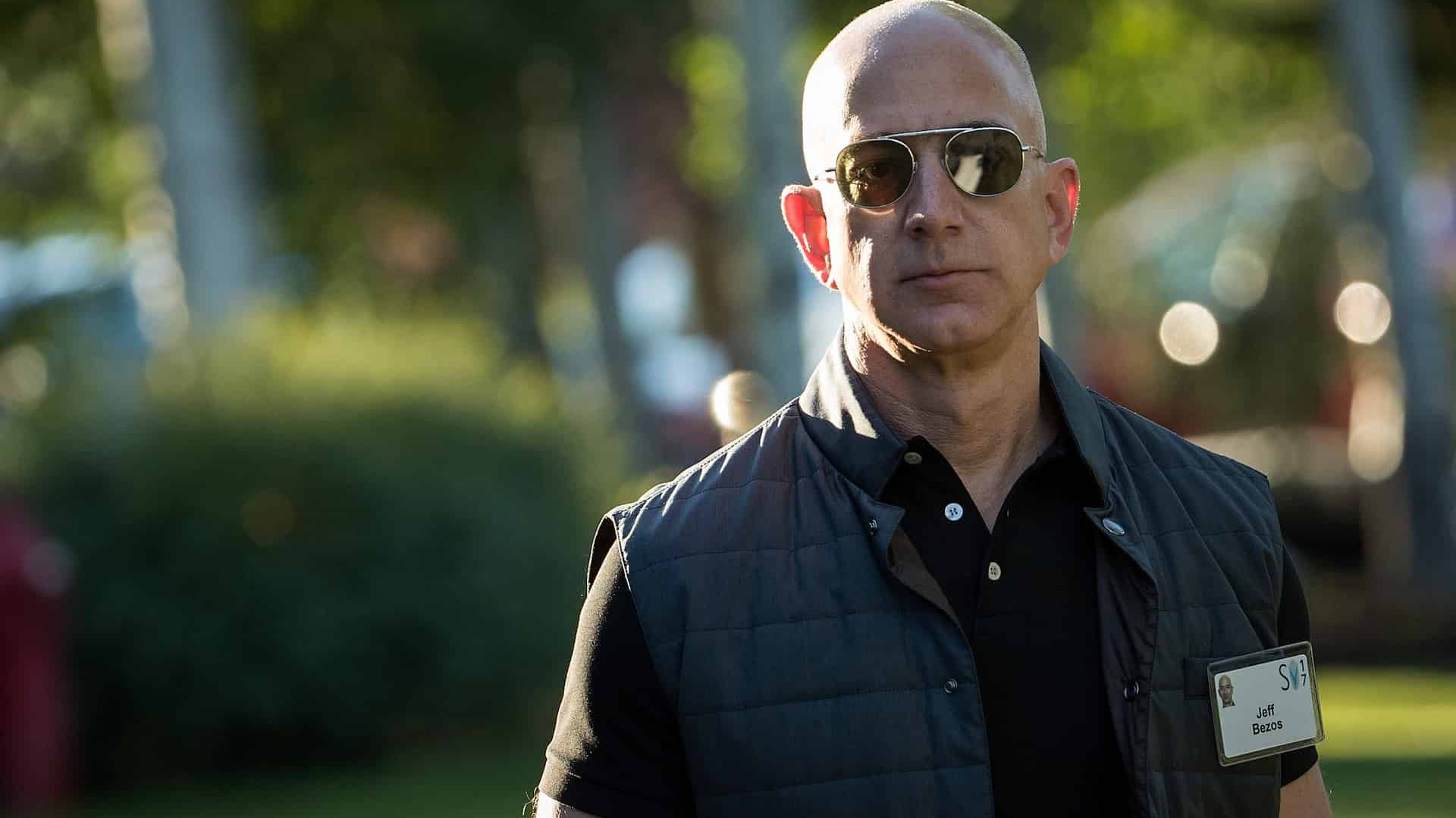 Amazon Made Jeff Bezos The World S Richest Man For Almost A Whole